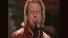 Carry Us On (feat. Benjy Gaither and Marshall Hall) (Live) - Bill & Gloria Gaither