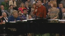 Thinkin' About Home / Going Home (feat. The Talley Trio and George Younce) (Live) - Bill & Gloria Gaither