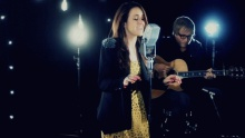 Gold (Acoustic Performance) - Britt Nicole