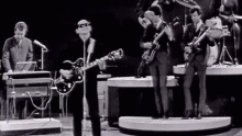 Roy Orbison - Oh, Pretty Woman (Monument Concert 1965) - Roy Orbison